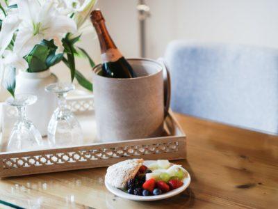 breakfast-champagne-hotel-6685